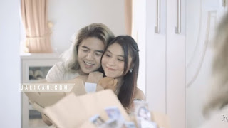 Lirik Lagu Tresna Sujati - Rocktober feat Tika Pagraky