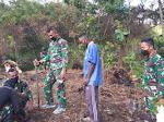 Peduli Lingkungan, Satgas Pamrahwan Yonif RK 751/VJS Tanam 70 Cegah Terjadinya Longsor