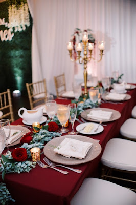 long reception table with centerpiece