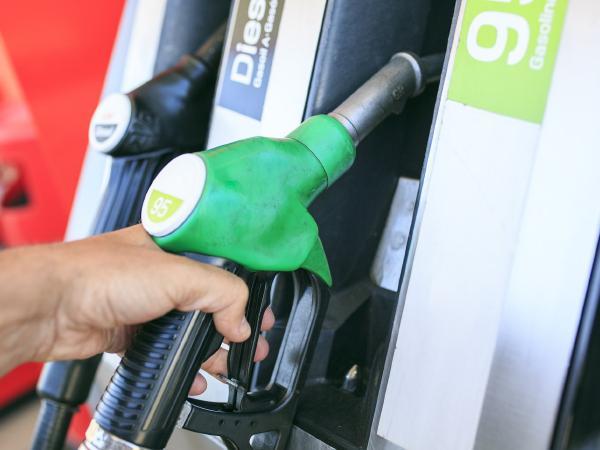 आज 25 May, शनिवार को पेट्रोल-डीजल के देखे दाम | Today Petrol Diesel Rate
