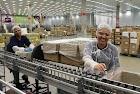 Indústria contrata: Auxiliar de Produção - R$ 1.358,75
