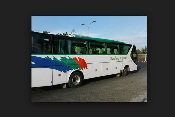 Bus Bandung Semarang