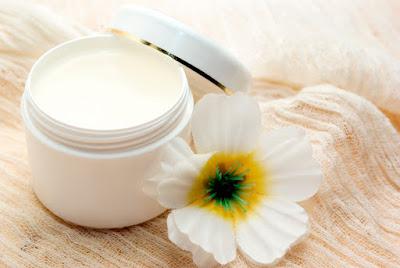 Vaseline : un trésor ignoré pour notre peau ?