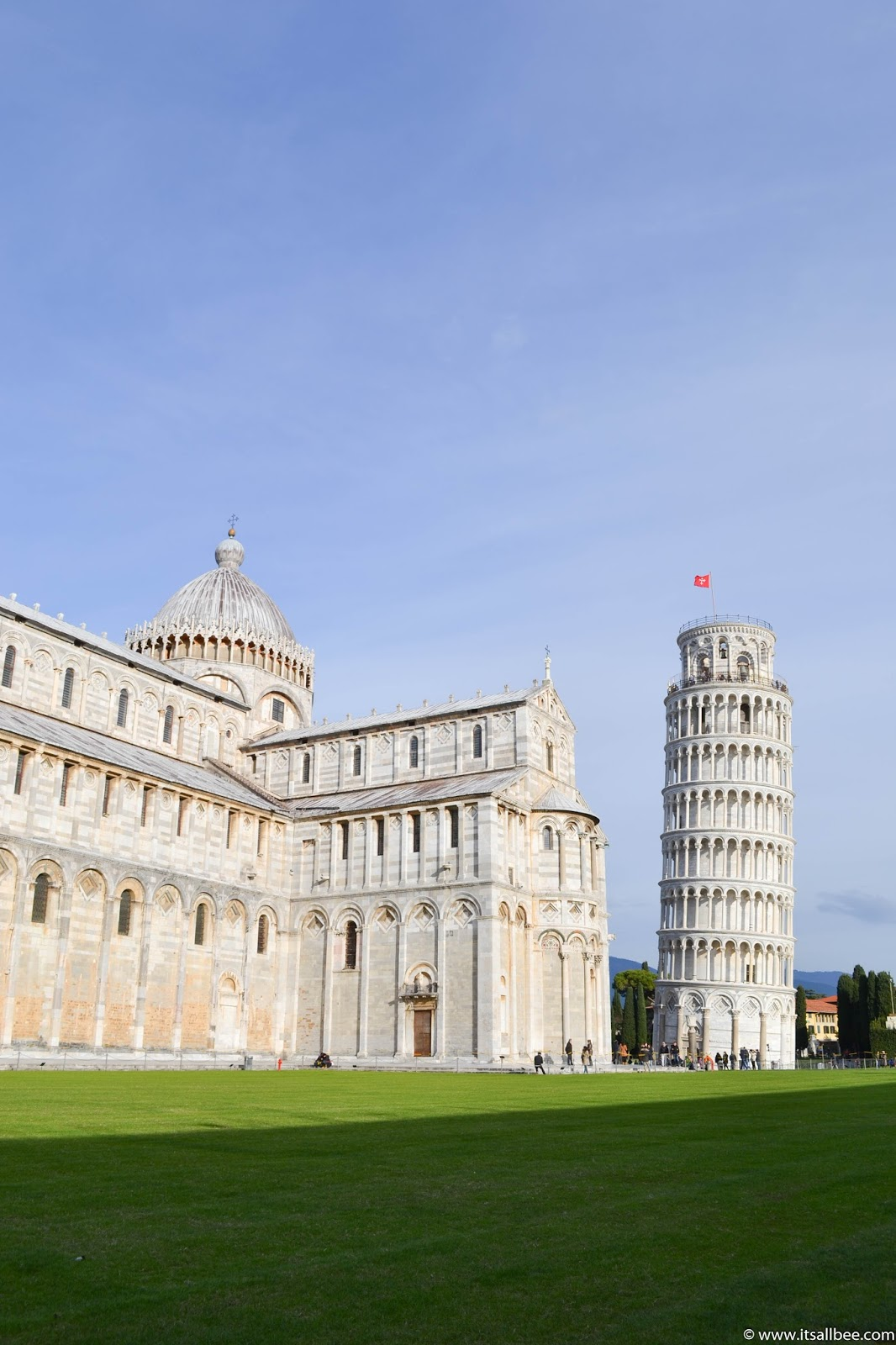 How to get from Pisa To Florence By Train Bus and Car! - Tips on how to travel between Florence and Pisa and a look at best way to get from Pisa to Florence. #Italy #florence #pisa #duomo #campanile #mariadelfiore #croce #miraclesquare #italian #gelato #transport #pisadaytrip