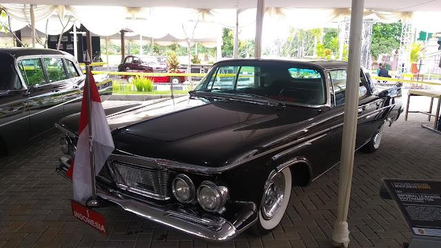 Chrysler Imperial LeBaron Southampton Bung Karno