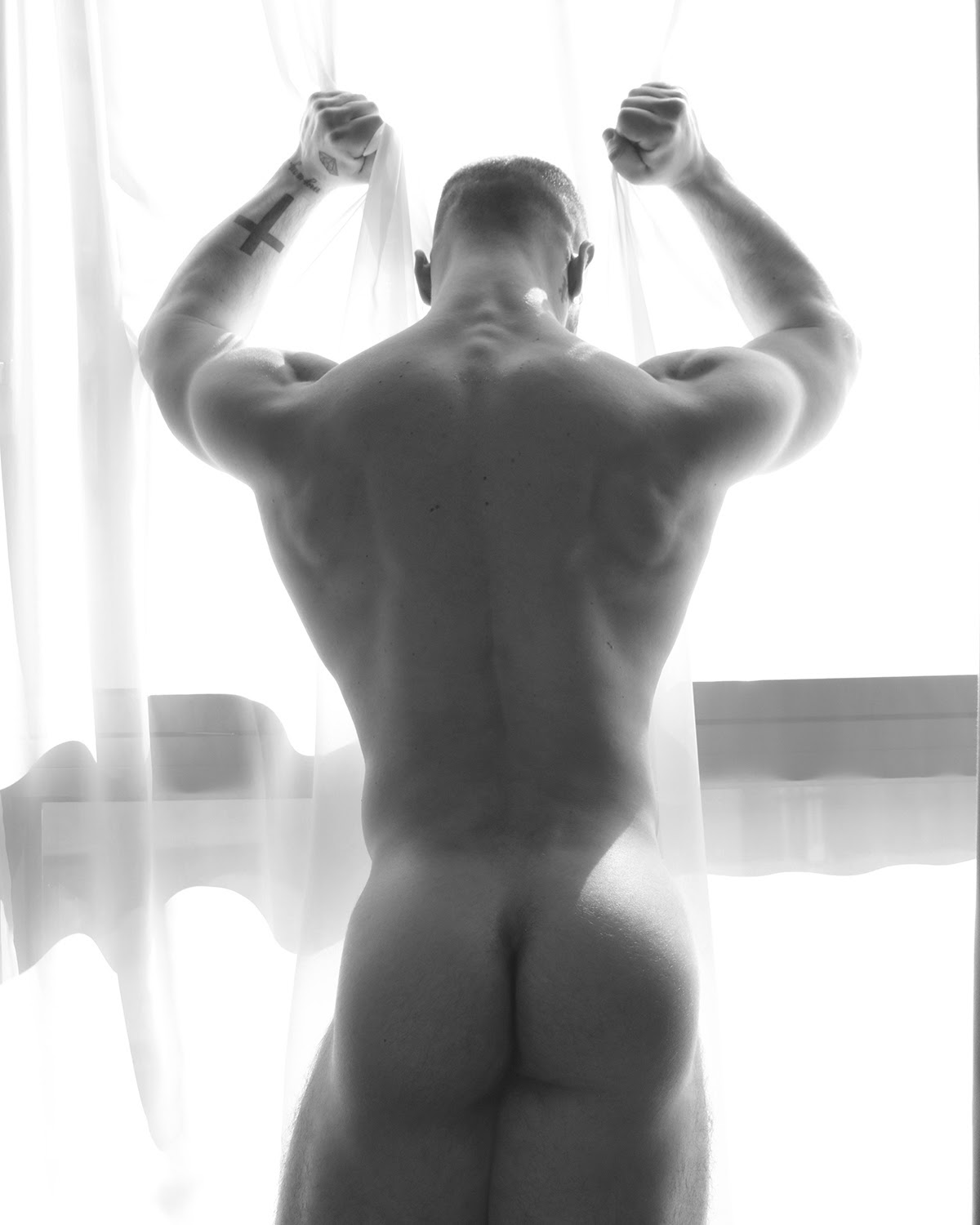 PaolO, by Marco Ovando ft Paolo Bellucci (NSFW)