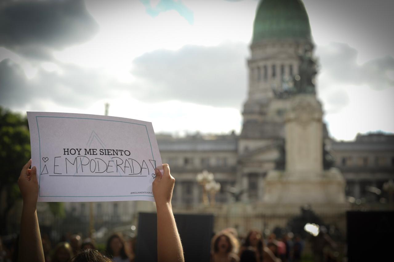 En el Día Internacional de la Mujer, paro y marchas en todo el país contra la violencia machista y los femicidios