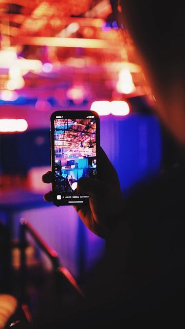 Instagram Stories क्या है। जानिए बेहतरीन Instagram Story Ideas