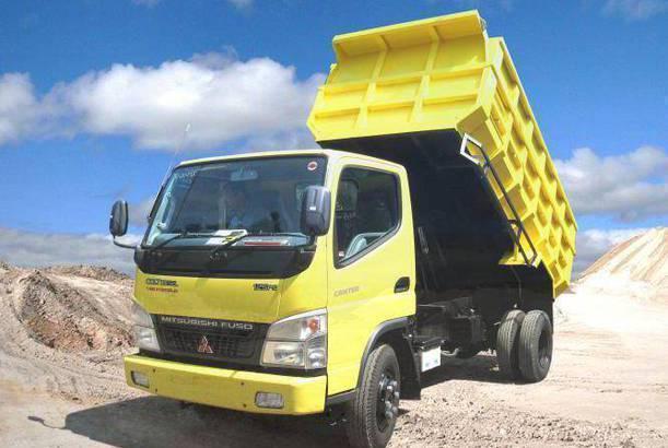 paket kredit dp rendah colt diesel dump truck 2019