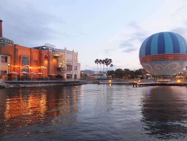 Disney Springs Ballon ride