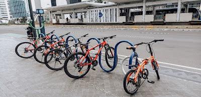 Kaum Rebahan ID - Mencoba Naik Sepeda Gratis Dari MRT Jakarta