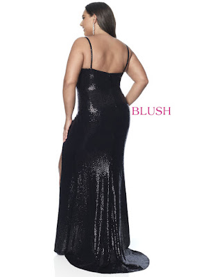 Scope Neckline Blush Fitted Plus size One Slit Prom black dress back side