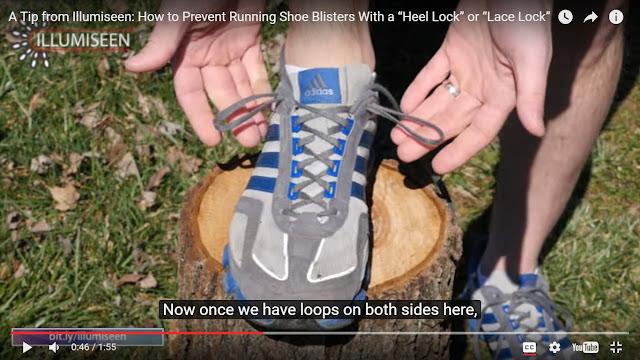 Simpul membulat di ujung lubang tali sepatu tambahan.