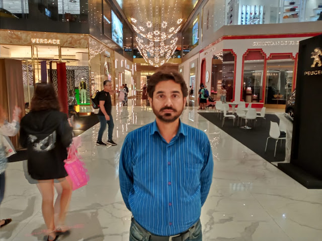 Ghulam Rabani Khan at Iconsiam Shopping Mall in Thailand