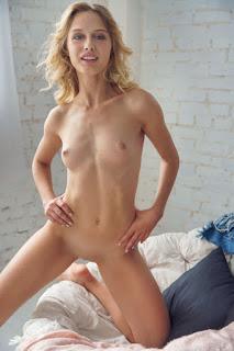 Hot ladies - clarice_21_05050_12.jpg