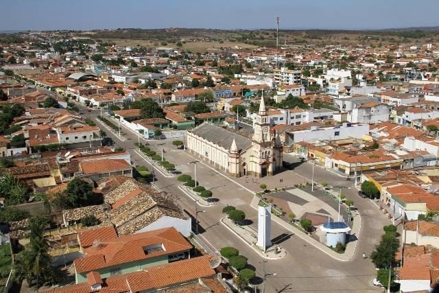Brejo Santo-CE: Educação do município é mais uma vez destaque em revista nacional