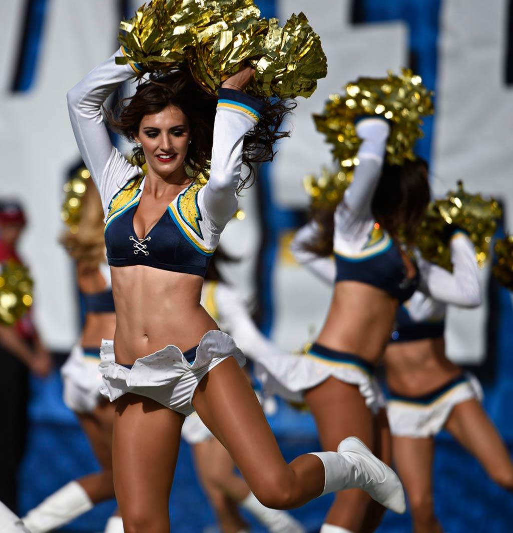 Cheerleader winnipeg blue scandal bomber Cheer &