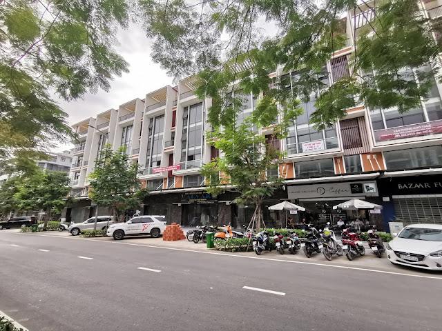 Đường Nguyễn Thị Nhung - Vạn Phúc