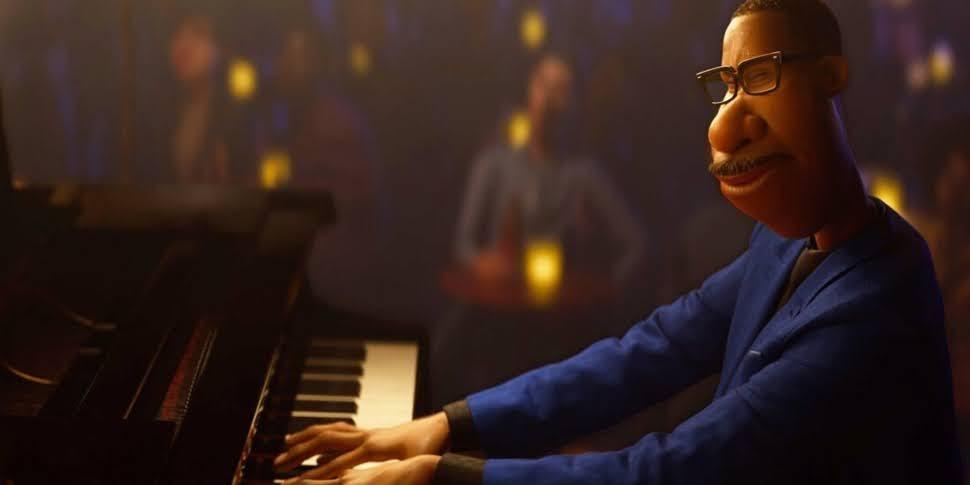Soul Joe tocando piano