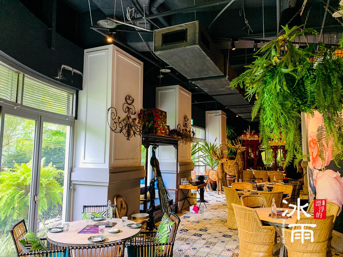 WOOTAIWAN大直ATT店|由植物組成的空間