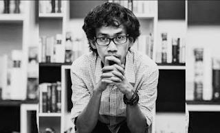 Menjadi Penulis Karena Hidup Yang Membosankan