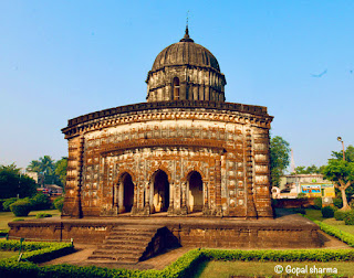 bishnupur temple,terracotta art,terracotta temple,lalji temple