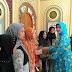 Ikuti Pengajian Bulan Ramadhan, Ratusan Ibu-Ibu Ini Dapat Mukena Gratis Dari Istri Walikota