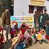 सोनो : थानाध्यक्ष एवं डॉ. परवाज़ ने किया 150 कम्बल का वितरण