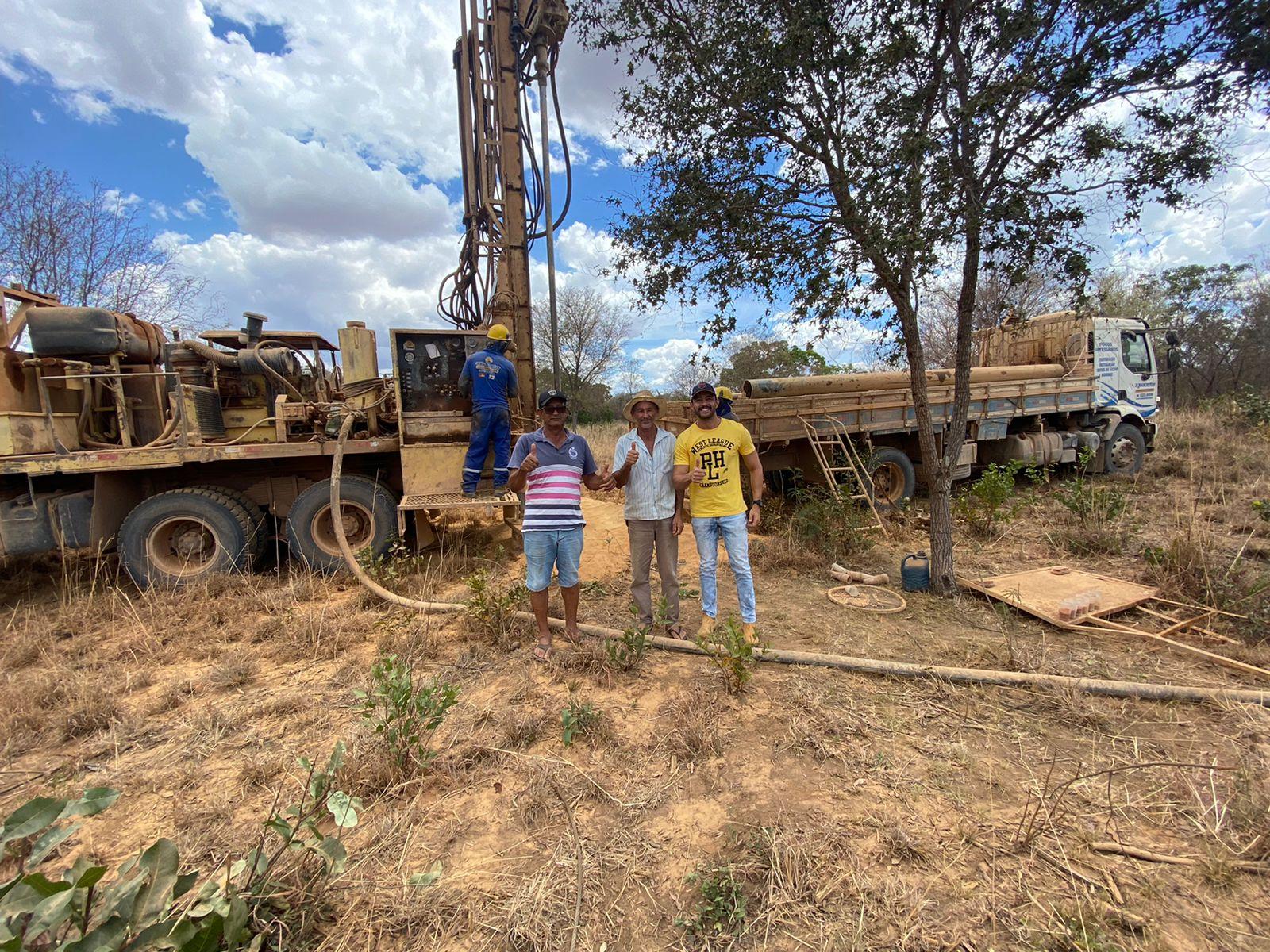 Baianópolis: Parceria entre Antonio Henrique Júnior e Weube Febrônio amplia oferta de água para mais dois povoados