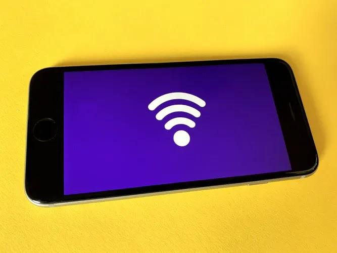 "مشكلة ""WiFi ليس بها تكوين IP صالح"""