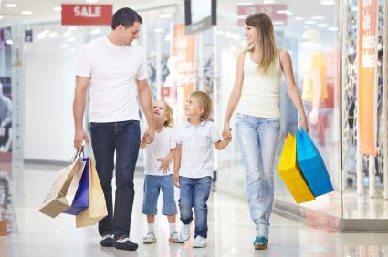 Moda é a categoria preferida para presentear no Dia dos Pais, aponta pesquisa do Rakuten Pay