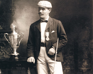golfer James Foulis with the US Open trophy