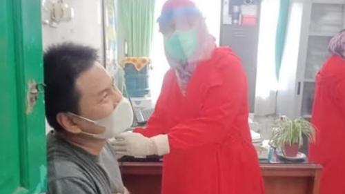 Anggota DPRD Kota Padang Iswanto Kwara Imbau Warga Tak Ragu Ikuti Vaksinasi Covid-19