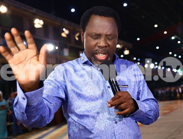 TB Joshua Delivers Women From Spirit Of 'Homosexuality' (Pic)