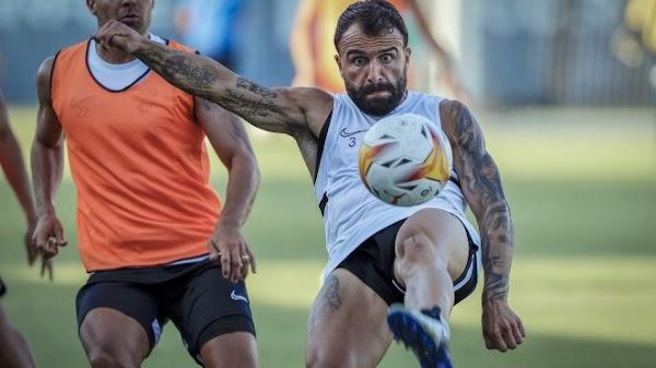 Málaga, entrenamiento previo al Vélez CF con Brandon de nuevo en el grupo