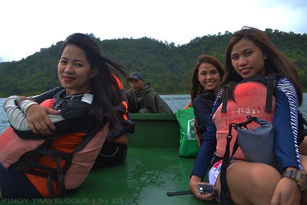 Boating at Balinsasayao Lake