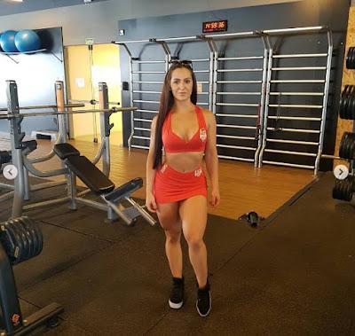 Luana Maron in the gym