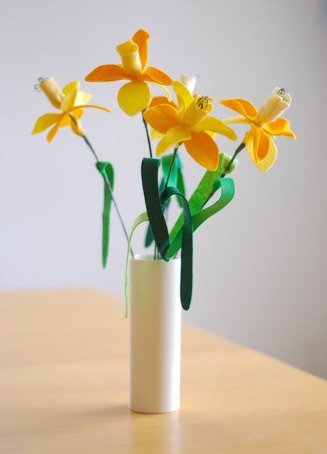 Como fazer orquídeas em feltro passo a passo