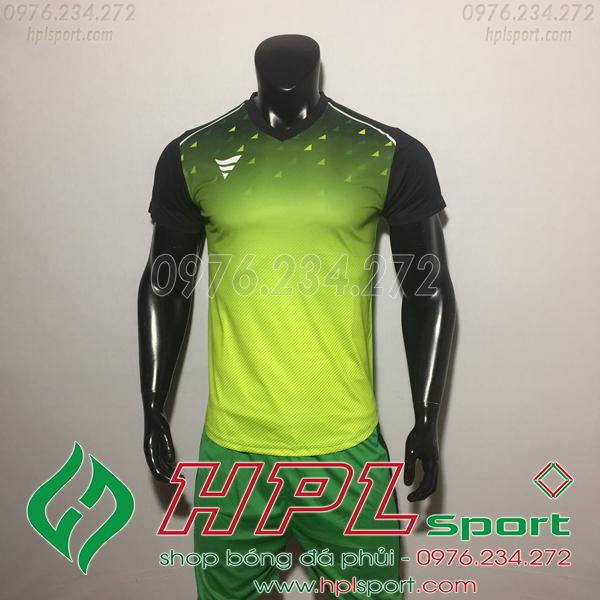 Áo bóng đá ko logo TA HAT Matic màu xanh lá