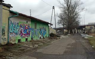 http://fotobabij.blogspot.com/2016/02/graffiti-a5-puawy-ulponocna-zdjecie-na.html