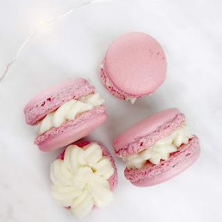 vanilla buttercream macaron / onbudgetbeauty