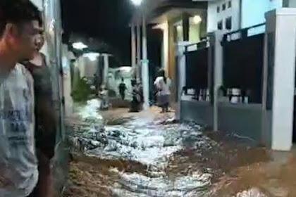 Tanggul Sungai Jebol, Satu Desa Di Kudus Terendam Banjir
