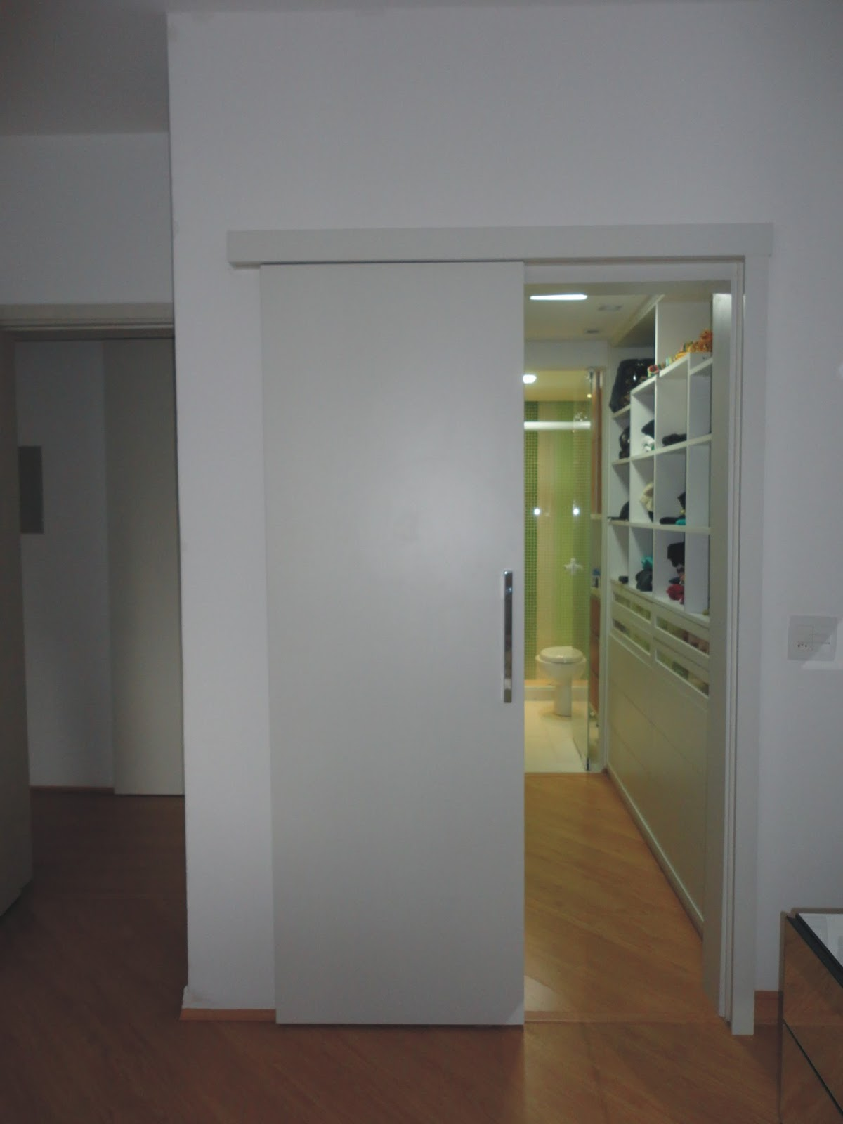 Conforama Aparador Manhattan ~ Porta Para Banheiro Armrio Onde Agora A Entrada Do Closet E Banheiro Suite Enfeite Porta