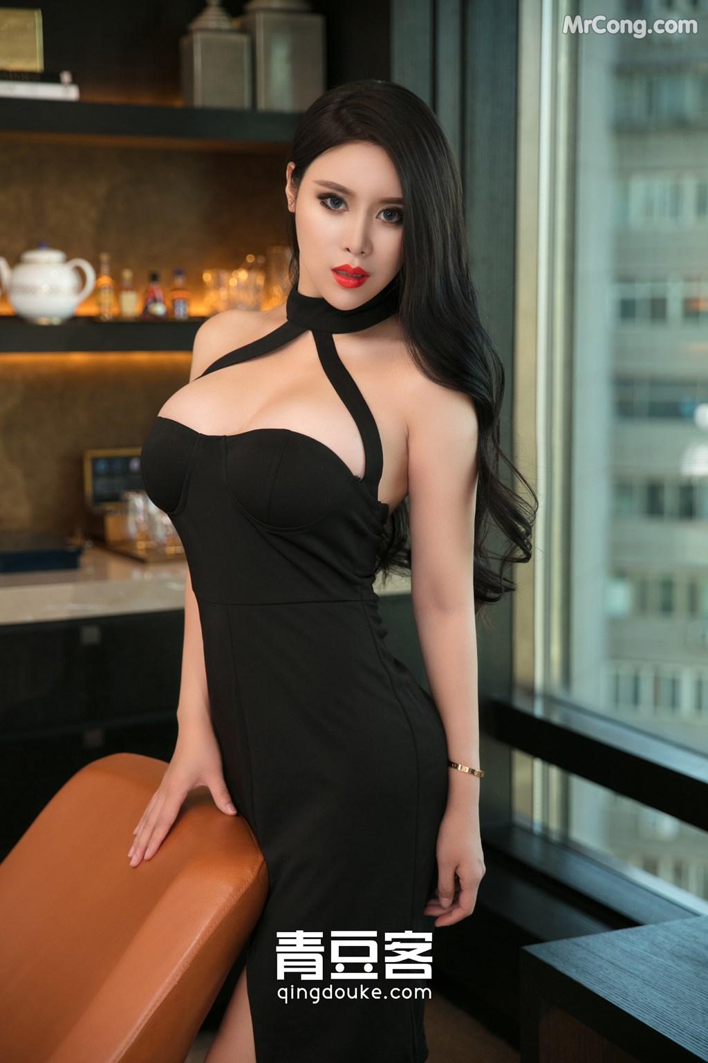 QingDouKe 2017-11-05: Model Ke Rui Na (可 蕊 娜) (48 photos)