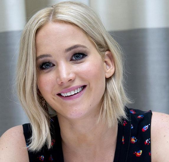 Beautytiptoday.com: Jennifer Lawrence: Pretty in Platinum ...