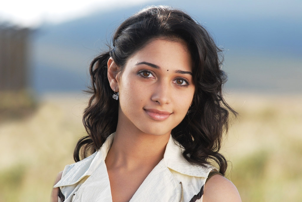 Tamanna Wallpapers Hd Laptop: Tamanna Hot Hd Wallpapers And Image Gallery