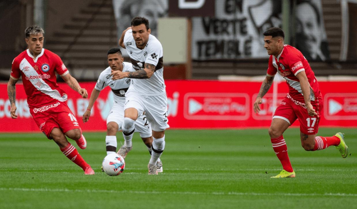 Platense y Argentinos Juniors empataron en el estadio Ciudad de Vicente López