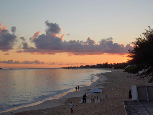 sunrise at Cabbage Beach