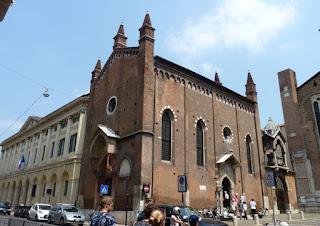 Verona, Iglesia vecina de Santa Anastasia.