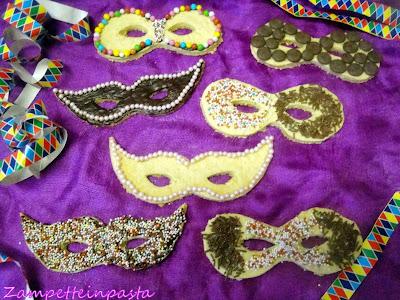 Mascherine di pasta frolla - Ricette biscotti di Carnevale